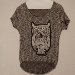 Blu planet small knit owl short sleeve top. @